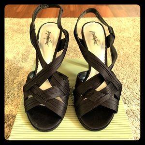 Women's heels size 8 from Jacqueline Ferrar.